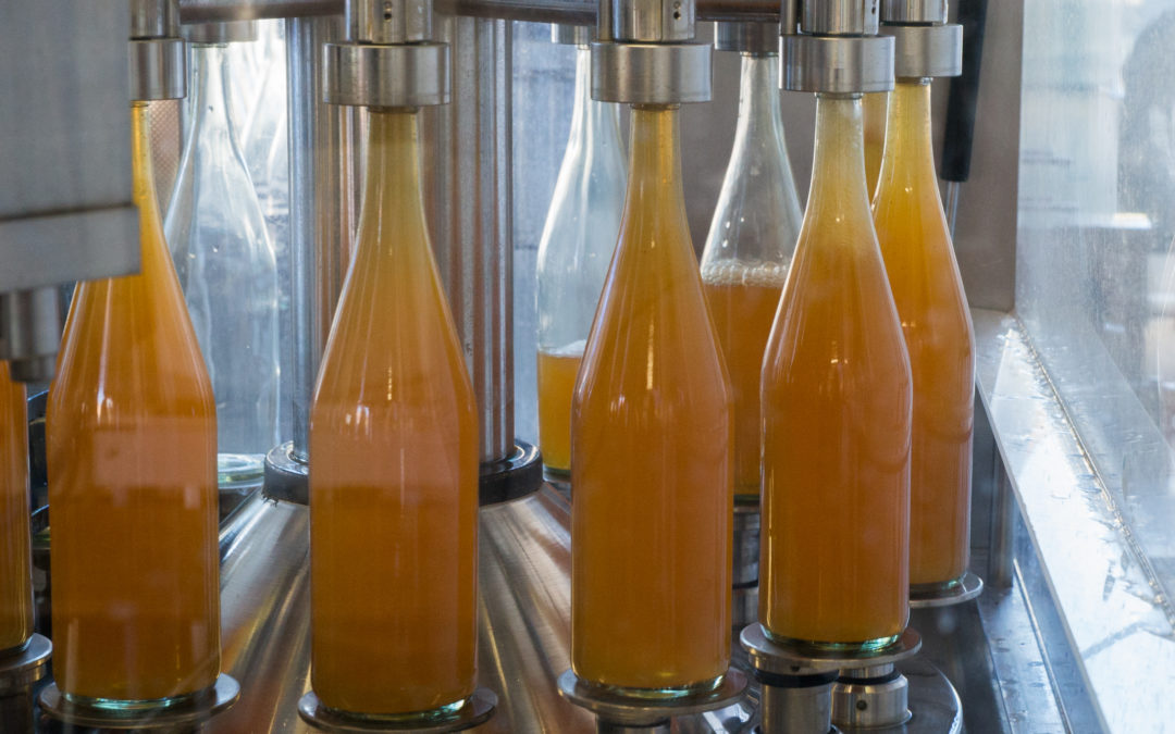 Déguster un délicieux jus de fruits artisanal Haut-Rhin